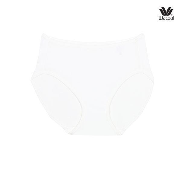 Wacoal Half Panty กางเกงในรูปแบบครึ่งตัว เซ็ต 3 ชิ้น รุ่น WU3287 สีครีม (CR)