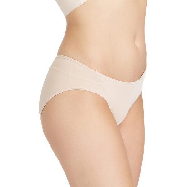 วาโก้ กางเกงในเอวต่ำ บิกีนี (Wacoal Oh my nude Low Rise V - Cut Bikini Panty) รุ่น WU2458 Set 3 ชิ้น สีเบจ (BE)