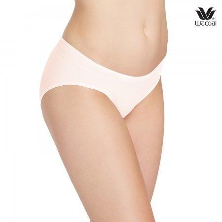 Wacoal Low Rise : V - Cut Panty Bikini Set 3 ชิ้น รุ่น WU2458 สีส้มอ่อน (LO)