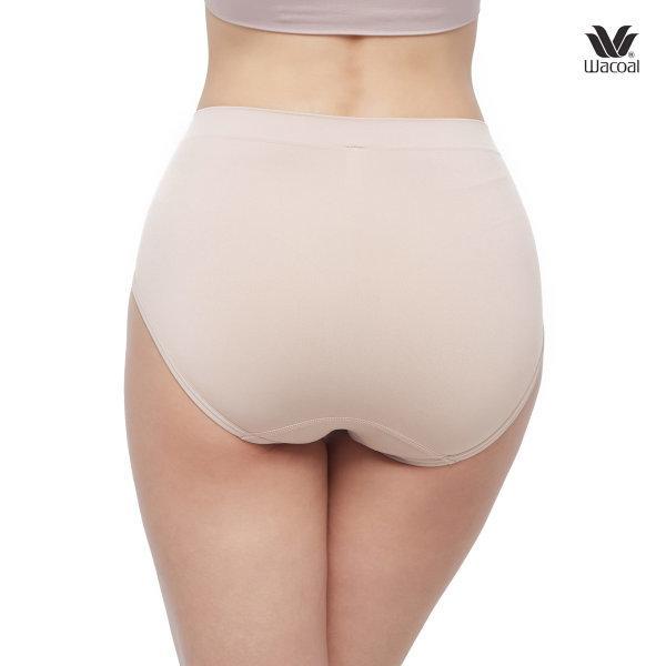 Wacoal Body Seamless Half Panty Set 2 ชิ้น รุ่น WU3771 สีเบจ (BE)