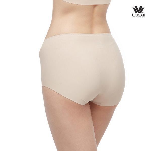 Wacoal Panty Oh my nude : Short รุ่น WU4999 Set 3 ชิ้น สีเบจ (BE)