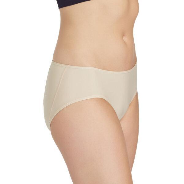 วาโก้ กางเกงในไม่เข้าวิน (Wacoal U-Fit Bikini Panty) รุ่น WU2986 Set 3 ชิ้น สีเนื้อ (NN)