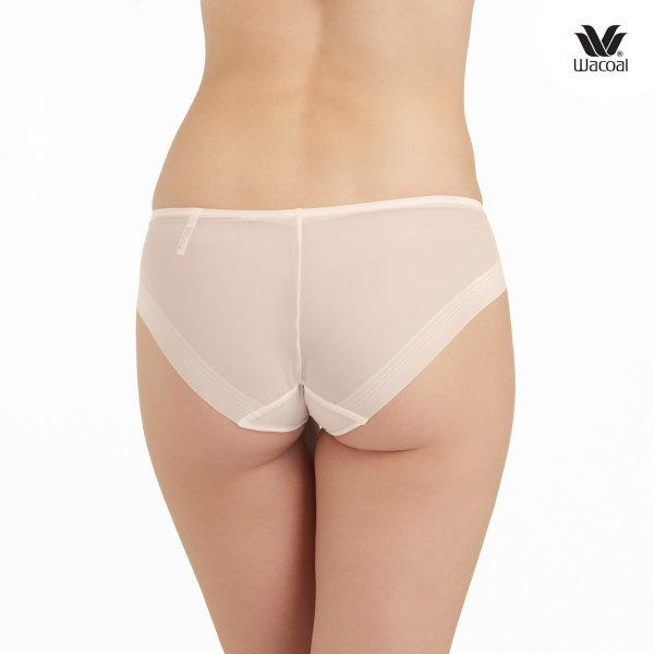 Wacoal Panty Oh my nudes Sheer Bikini : รุ่น WU1738 set 3 ชิ้น สีเบจ (BE)