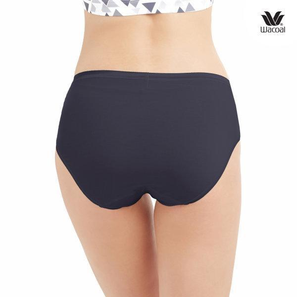 Wacoal Material Innovation Panty Half Pack 3 ชิ้น รุ่น WU3010 สีดำ (BL)
