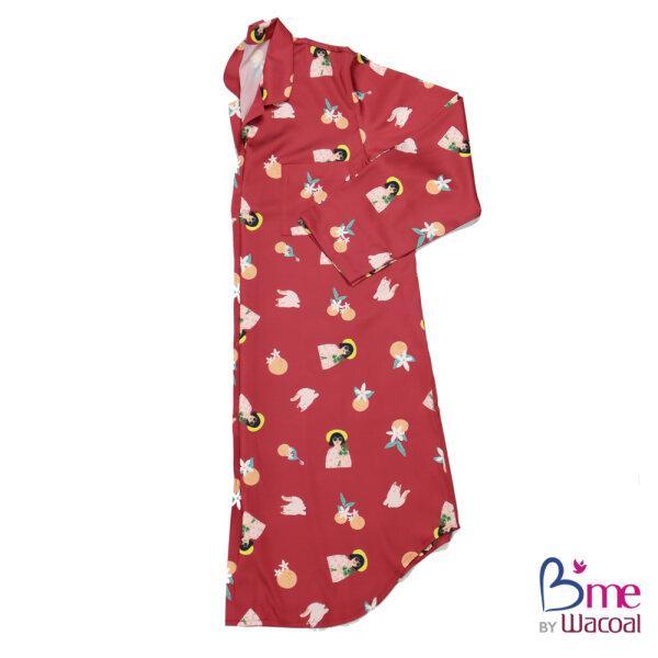 B'me เซ็ทชุดนอนในเซ็ทประกอบไปด้วยชุดนอนรูปแบบกระโปรงแขนยาว ถุงผ้า ผ้าปิดตา และหน้ากากผ้า รุ่น ME8600 สีแดง