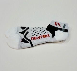 ถุงเท้า Newton Running Ghost White - สีขาว