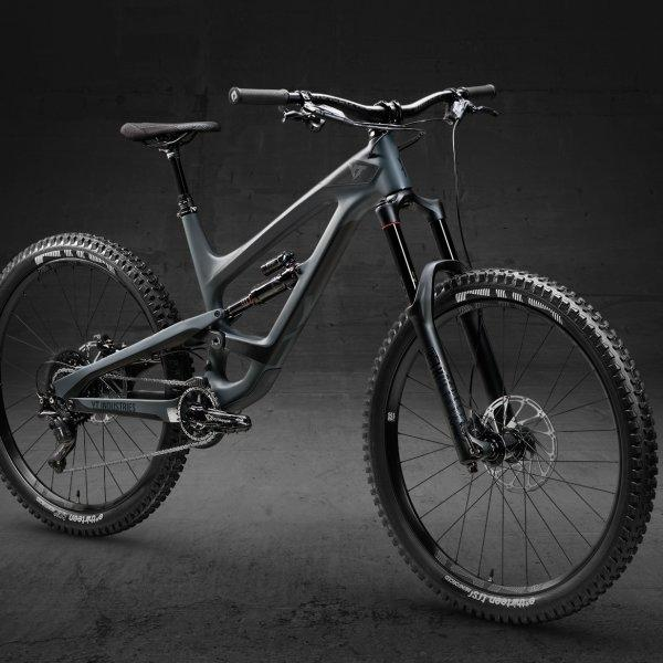 YT CAPRA 27 CF - STORM GREY  BLACK MAGIC (2018 MODEL)