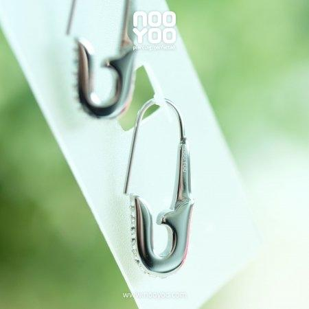 (30832) ต่างหู Crystal Safety Pin Surgical Steel
