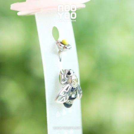 จิวสะดือ Crystal Bee with Flower Closure