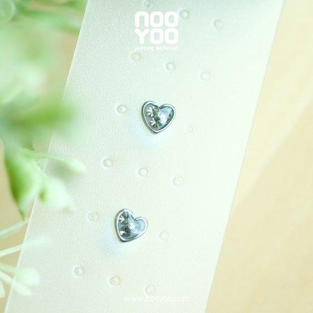 (30779) ต่างหู Mini Heart Black Crystal Surgical Steel