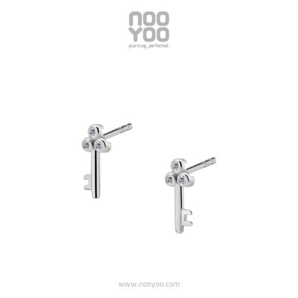 (31014) ต่างหู Cubic Zirconia Keys Surgical Steel