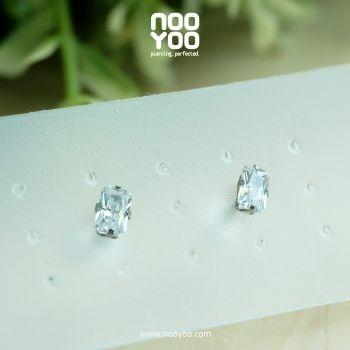 (30099) ต่างหู Cubic Zirconia 5x3mm Surgical Steel