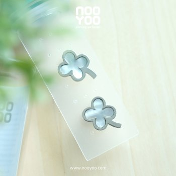 (30658) Lucky Leaf Surgical Steel