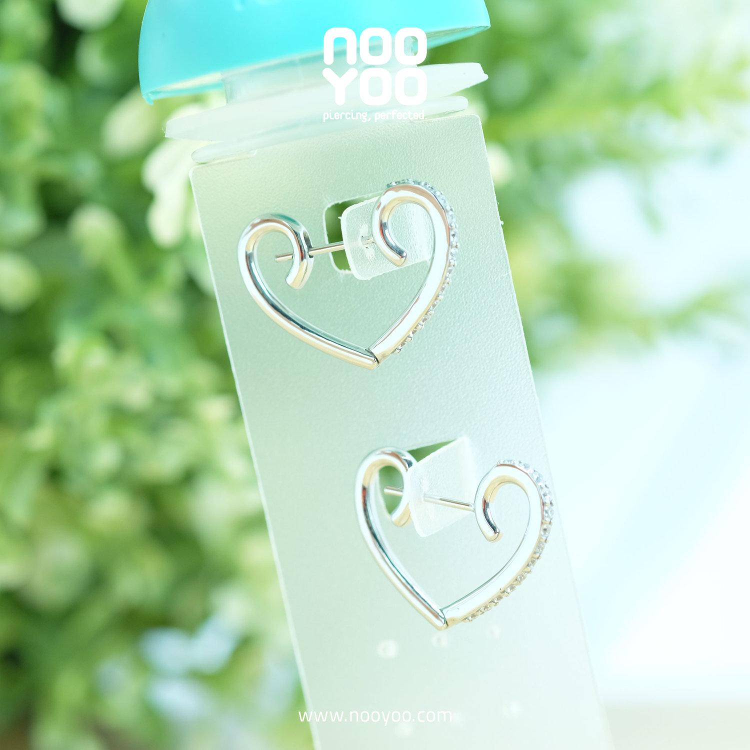 (30872) ต่างหูห่วง Heart Shaped Clicker Hoops with CZ