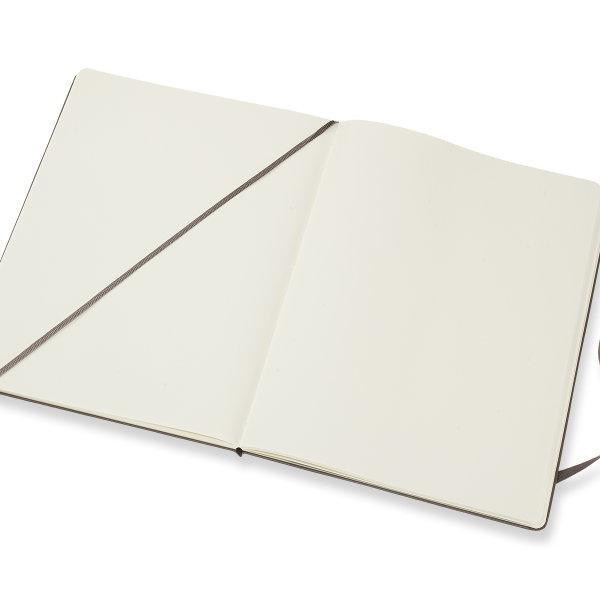 Moleskine สมุดบันทึก ปกแข็ง สีน้ำตาล ขนาดใหญ่พิเศษ 19x25 ซม MOLESKINE NOTEBOOK XL HARD COVER E.BROWN 19X25 CM
