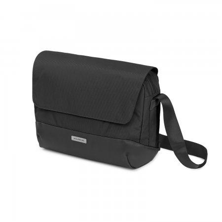 MOLESKINE METRO SLIM MESSENGER BAG BLACK