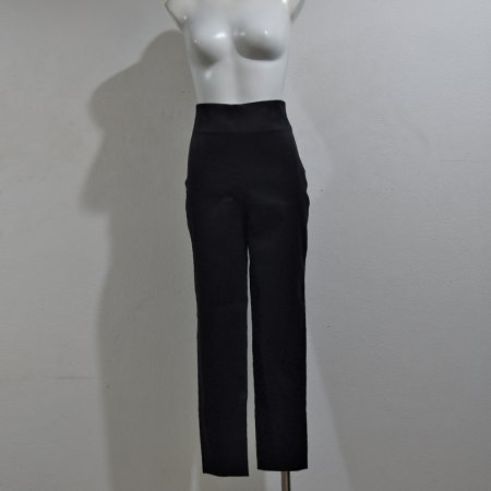 กางเกงเอวสูงขายาวปลายขาแคบสีดำผ้าลายก้างปลา