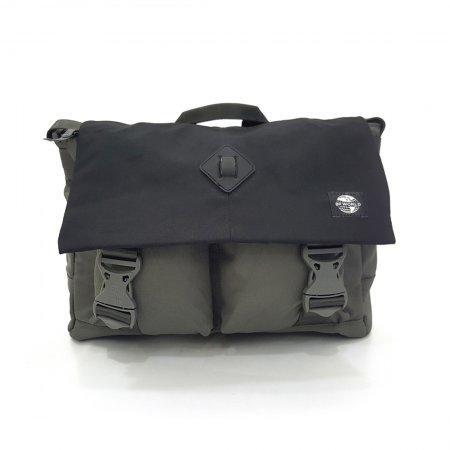 กระเป๋าสะพาย รุ่น B1303M (สีเทา)