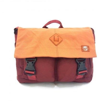 กระเป๋าสะพาย รุ่น B1303M (สีเลือดหมู)