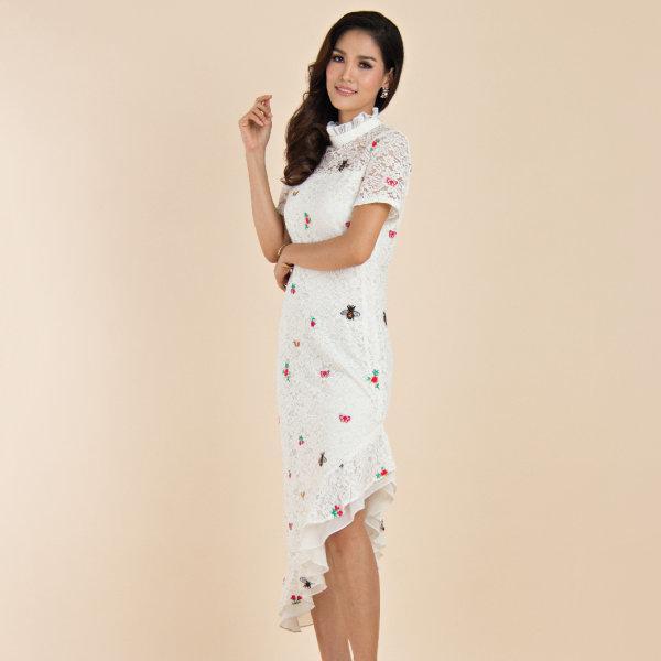 Lofficiel Lace Dress เดรสลูกไม้ยาวปักลายผีเสื้อ สีบรอนซ์ FS13WH