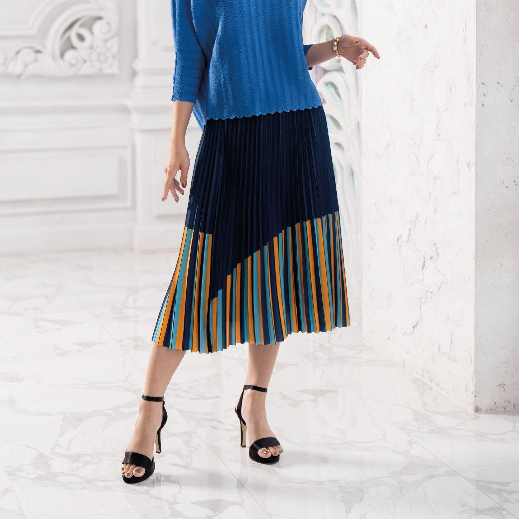 Lofficiel Pleat Skirt กระโปรงอัดพลีท ลอฟฟีเซียล สีกรม FT6SNV