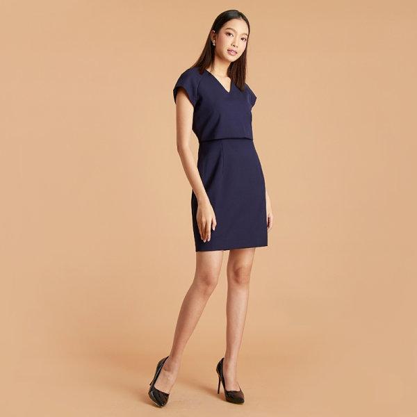 Jousse Dress ชุดเดรสทำงาน สีกรม ทรงสอบเข้ารูป ดีเทลเสื้อครอตัวสั้น ช่วยอำพรางท่อนบน JUJHNV