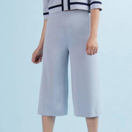 กางเกงผู้หญิงทรงขาบาน 4 ส่วน สีเทา | Jousse