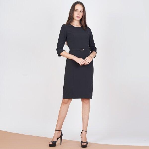 Jousse Dress ชุดเดรสทำงานสีดำ แขน 5 ส่วน ทรงสอบเข้ารูป ความยาวสุภาพ JV25BL