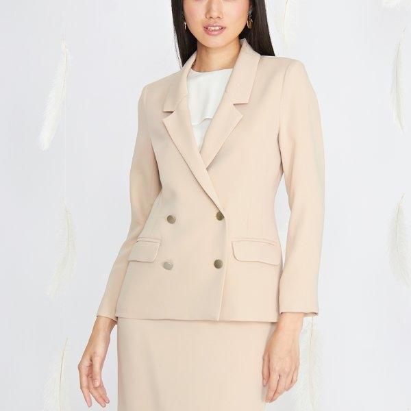Jousse Jacket เสื้อแจ็คเก็ตสีเบจ ทรงสูทโมเดิร์น ตัวยาว JT52BE