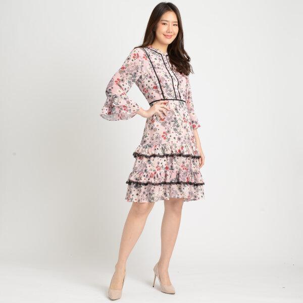 Jousse Dress ชุดเดรสลายดอกไม้สีชมพู ตกแต่งระบายคอและปลายแขน ทรงเอ JT5API