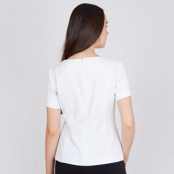 Jousse Blouse เสื้อเบลาส์ คอกลมสีขาวแขนสั้น ทรงตรง JV2HWH