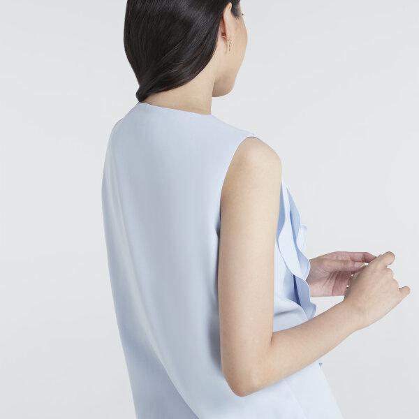 Jousse Blouse เสื้อแขนกุดผู้หญิง สีฟ้า ตกแต่งระบายไล่ระดับ JT67SB