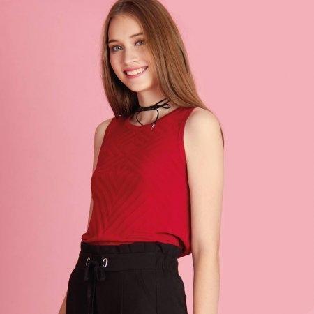 เสื้อกล้ามแขนกุดผู้หญิง ผ้ายืด สีแดง | Jousse