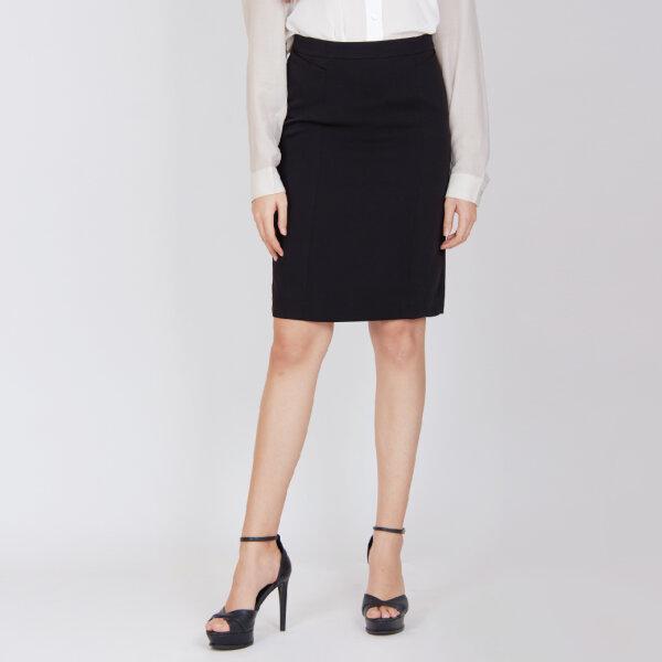 Jousse Skirt กระโปรงทำงานสีดำ ทรงเอ เอวสูงเก็บสะโพก กระชับรูปร่าง ความยาวสุภาพ JUJZBL