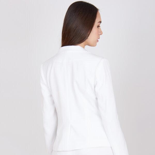 Jousse Jacket เสื้อสูท เสื้อแจ็คเก็ตสีขาว ทรงสุภาพ เสริมไหล่ เก็บเข้าทรง JV1XWH