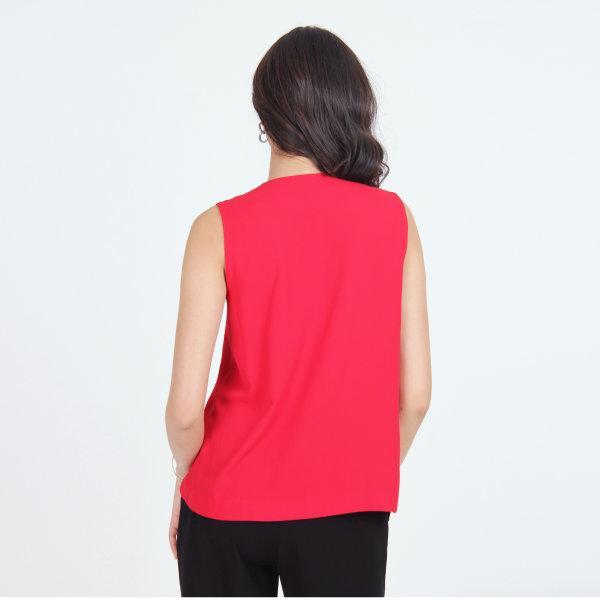 Jousse Blouse เสื้อสีแดง เสื้อผู้หญิงสีแดง เสื้อแขนกุดสีแดง แต่งระบายหน้า JT7PRE