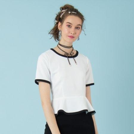 เสื้อทำงานผู้หญิงสีขาว ตกแต่งระบาย ฉบับสาวหวาน | Jousse