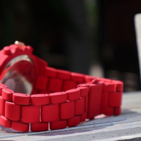 Mwatch 377 นาฬิกาข้อมือสีแดง รุ่น Arabic