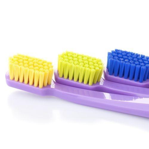 แปรงสีฟันทั่วไป Curaprox CS 5460 ด้ามสีม่วงอ่อน