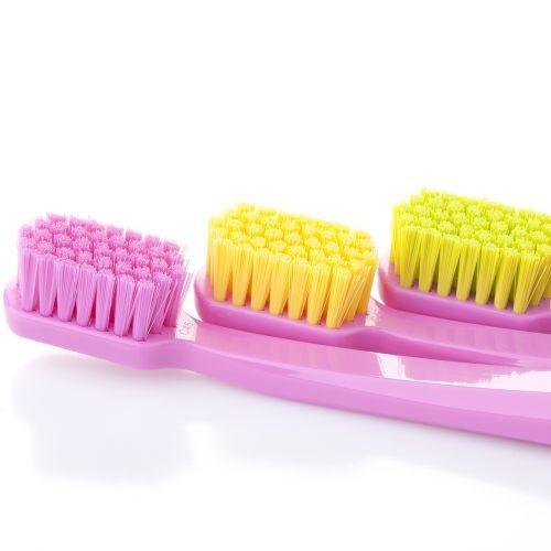 แปรงสีฟันทั่วไป Curaprox CS 5460 ด้ามสีชมพู
