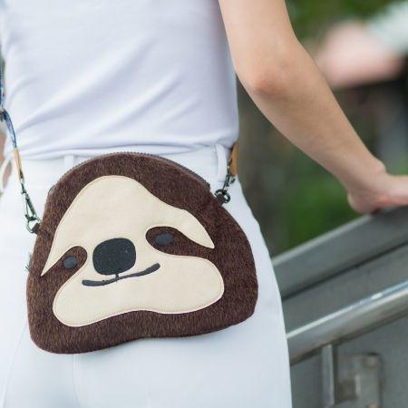 Wildbag Sloth กระเป๋าสะพายข้างสล็อต