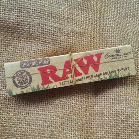 กระดาษมวน RAW Organic Connoisseur King Size Slim & Tips - 32 Leaves