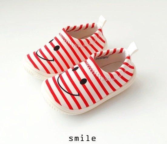 รองเท้ากันล้มเด็ก E Smile