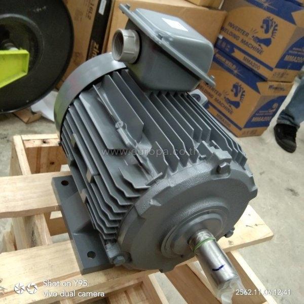 มอเตอร์ 3 เฟส 5 แรงม้า (3.7 KW.) HITACHI รุ่น TFO-K 4P IP55 (380V.)