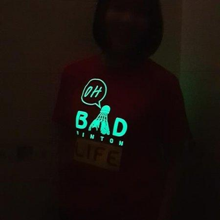 เสื้อโถเรืองแสง (สีแดง)