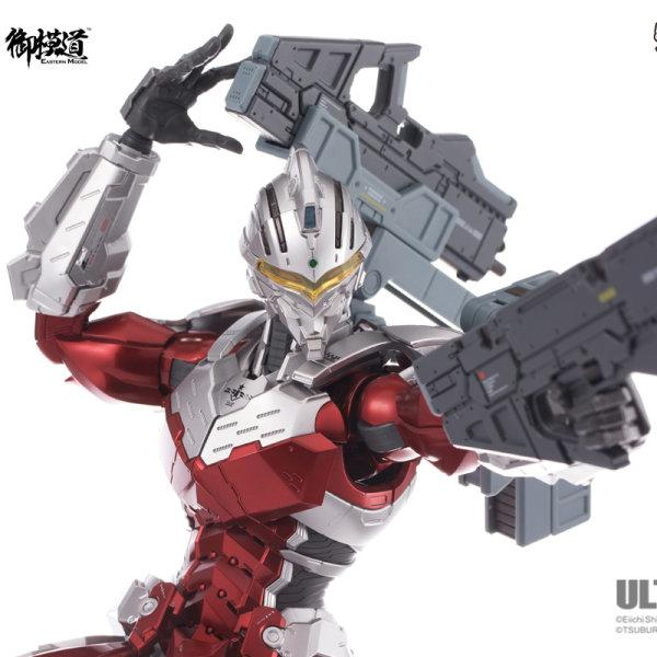 Pre-Order Ultraman Ver7.3 1/6 Scale Die-Cast  (Action Figure)
