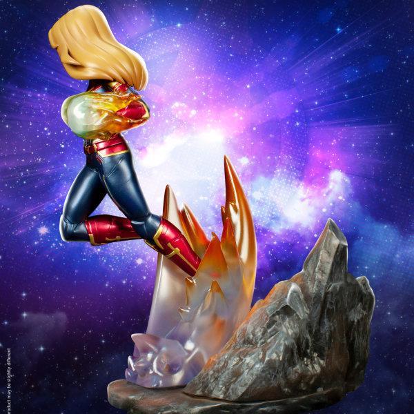 "Marvel's Avengers : Endgame Premium PVC ""Captain Marvel"" Figure ส่งฟรีทั่วประเทศ"