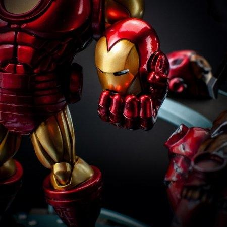 (มัดจำ) Iron Man Hall of Armor Set A