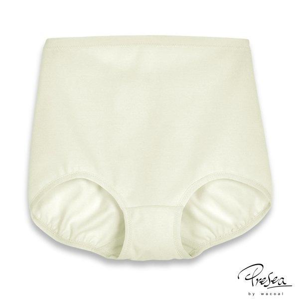 Light supportive panties กางเกงในกระชับสบาย สีครีม MA2101