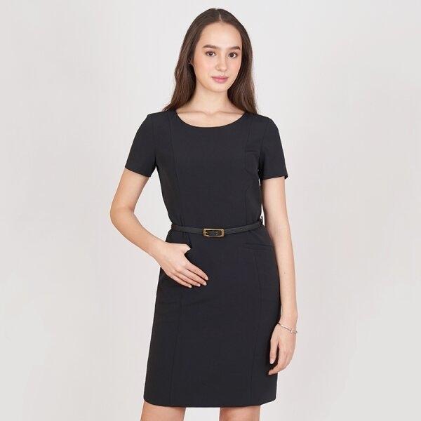 Jousse Dress ชุดเดรสทำงานสีดำ คอกลมแขนสั้น ทรงสอบสุภาพ ดีเทลกระเป๋าหน้า  JV22BL